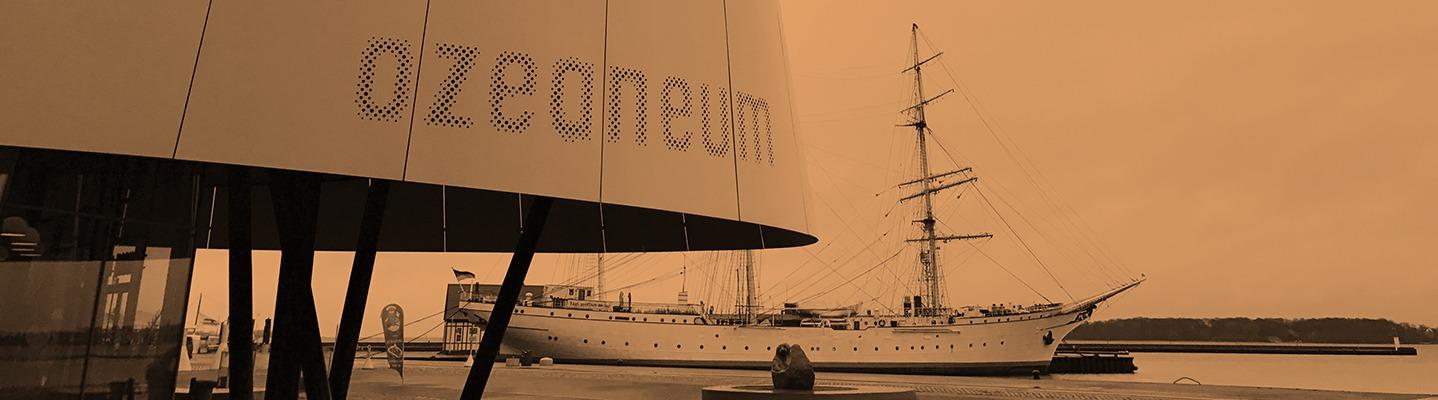 Ozeaneum Stralsund und Schulschiff Gorch Fock